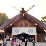 2階建てバスで北海道神宮→白い恋人パーク→場外市場をまわる半日ツアー