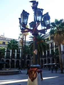レイアール広場の街灯