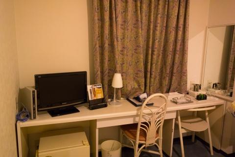 高松センチュリーホテル客室