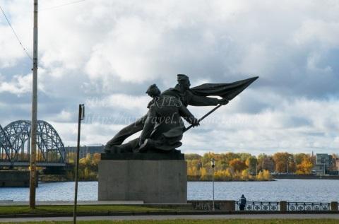 1905年記念碑