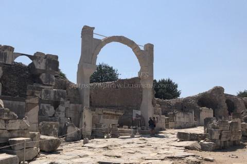 エフェソス遺跡-ドミティアヌスの噴水