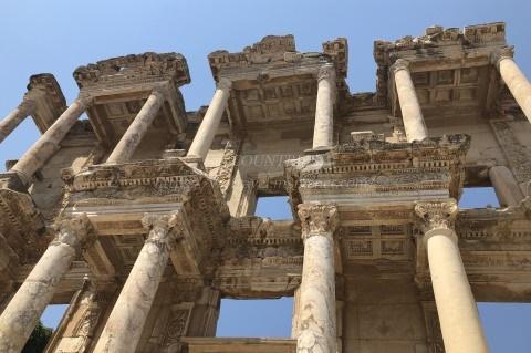 エフェソス遺跡-ケルスス図書館